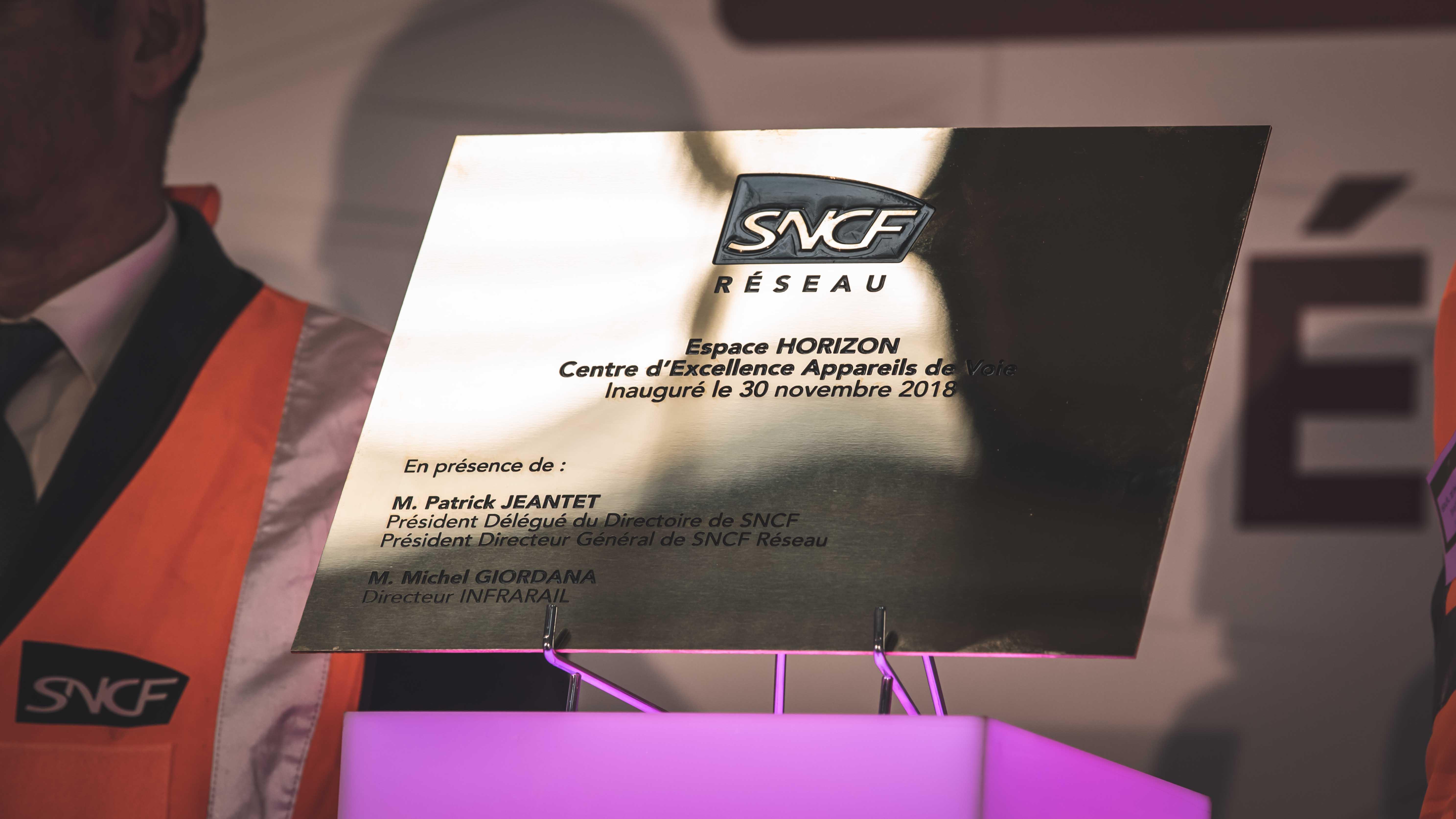 Plaque inaugurale Espace Horizon SNCF Réseau
