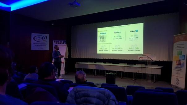 Intervention du 28-10-2019 de Val d'Oise Communication en partenariat avec Initiactive 95 et la CMA Val d'Oise dans le cadre de ArtiClub 95, le réseau des chefs d'entreprise artisanale sur la thématique des réseaux sociaux