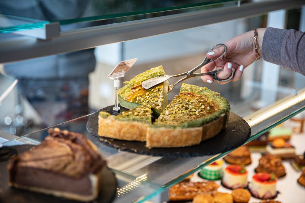 Une tarte à la pistache du Comptoir des Gourmets - Val d'Oise Communication